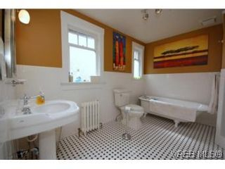 Photo 7: 901 Wollaston St in VICTORIA: Es Old Esquimalt House for sale (Esquimalt)  : MLS®# 527341