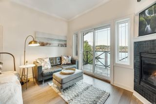 Photo 7: 302 2326 Harbour Rd in Sidney: Si Sidney North-East Condo for sale : MLS®# 862120