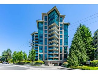 """Photo 1: 203 14824 NORTH BLUFF Road: White Rock Condo for sale in """"Belaire"""" (South Surrey White Rock)  : MLS®# R2459201"""