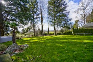 "Photo 4: 35825 OLD YALE Road in Abbotsford: Abbotsford East House for sale in ""W OF TRWY TO MCLR N OF SFW"" : MLS®# R2537816"