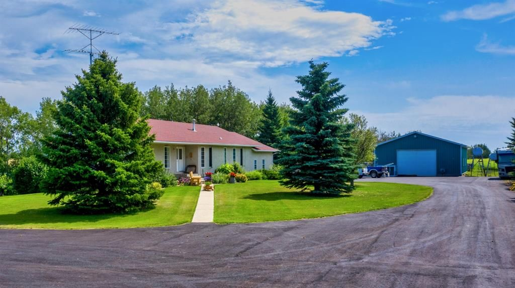 Main Photo: 33169 Range Road  283: Rural Mountain View County Detached for sale : MLS®# A1103194