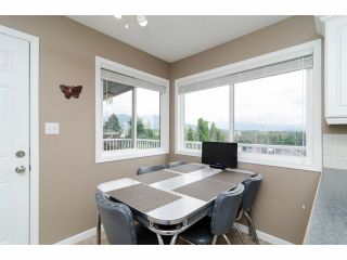 """Photo 8: 984 RANCH PARK Way in Coquitlam: Ranch Park House for sale in """"RANCH PARK"""" : MLS®# V1067792"""