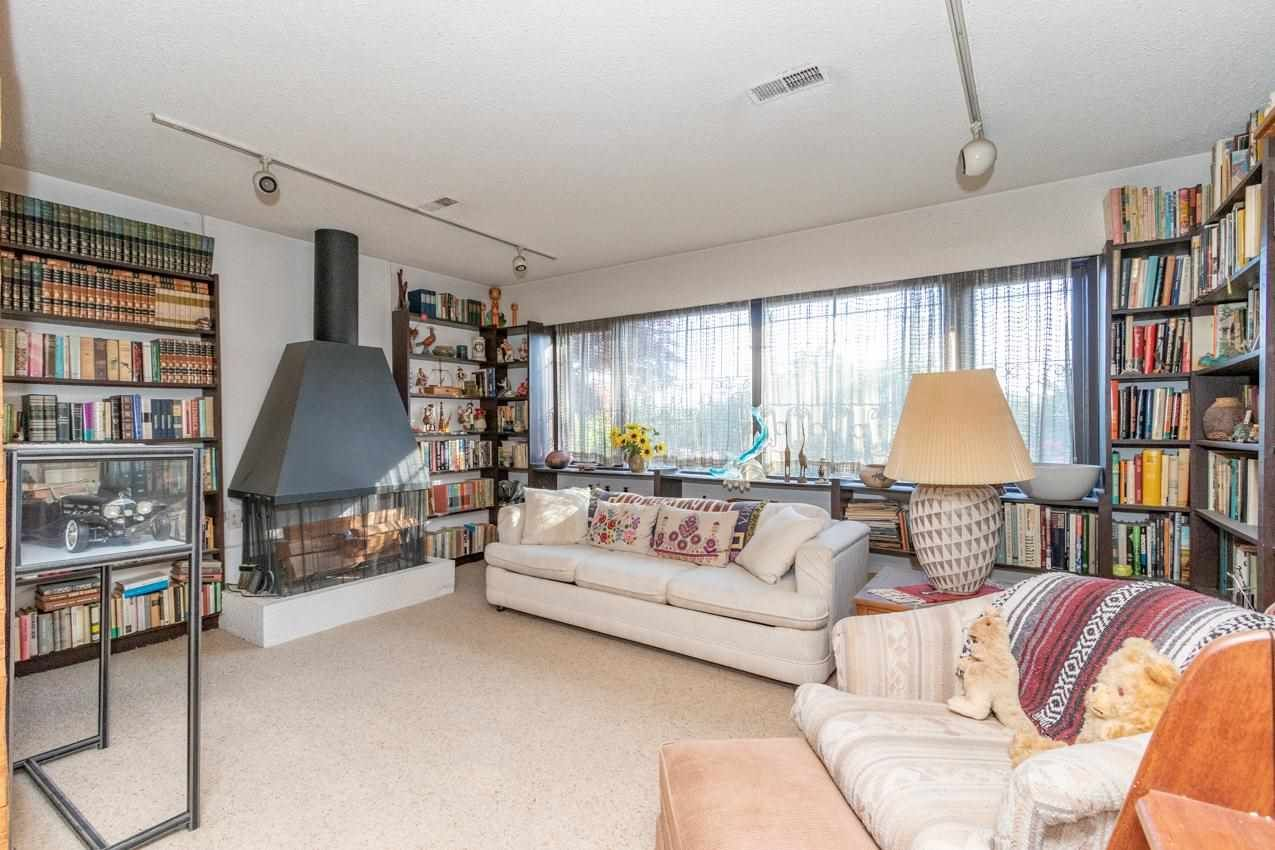 Photo 31: Photos: 385 MONTERAY Avenue in North Vancouver: Upper Delbrook House for sale : MLS®# R2582994