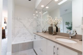 """Photo 16: 302 2200 HIGHBURY Street in Vancouver: Point Grey Condo for sale in """"MAYFAIR HOUSE"""" (Vancouver West)  : MLS®# R2471267"""