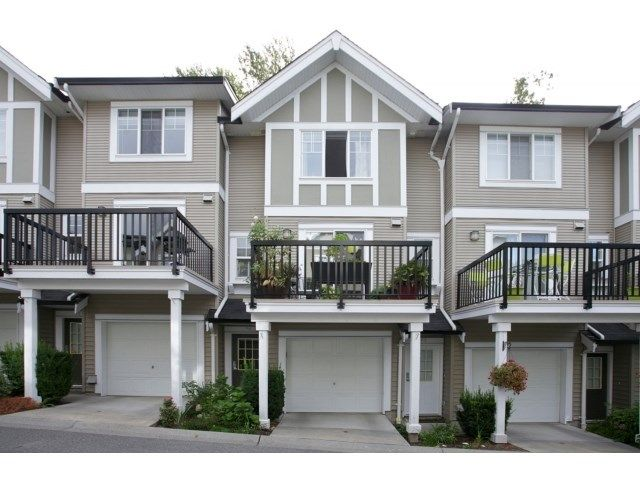 """Main Photo: 76 20176 68 Avenue in Langley: Willoughby Heights Townhouse for sale in """"Steeplechase"""" : MLS®# F1450205"""
