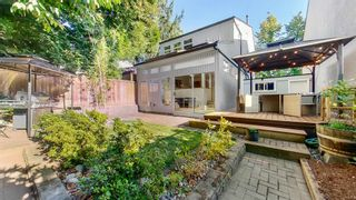 """Photo 2: 4847 HICKORY Court in Burnaby: Greentree Village House for sale in """"Greentree Village"""" (Burnaby South)  : MLS®# R2607347"""