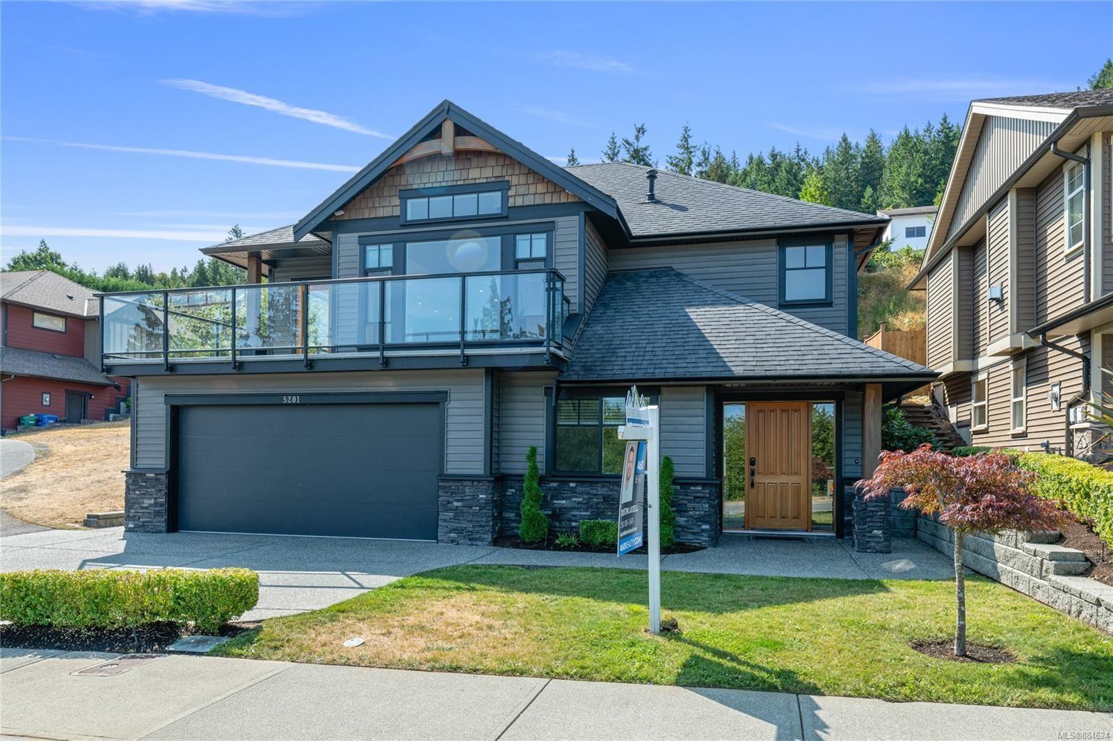 Main Photo: 5201 Dewar Rd in Nanaimo: Na North Nanaimo House for sale : MLS®# 884624