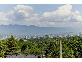 """Photo 6: 3739 W 24TH Avenue in Vancouver: Dunbar House for sale in """"DUNBAR"""" (Vancouver West)  : MLS®# V1069303"""