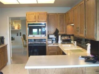 Photo 2:  in WINNIPEG: River Heights / Tuxedo / Linden Woods Condominium for sale (South Winnipeg)  : MLS®# 1000375