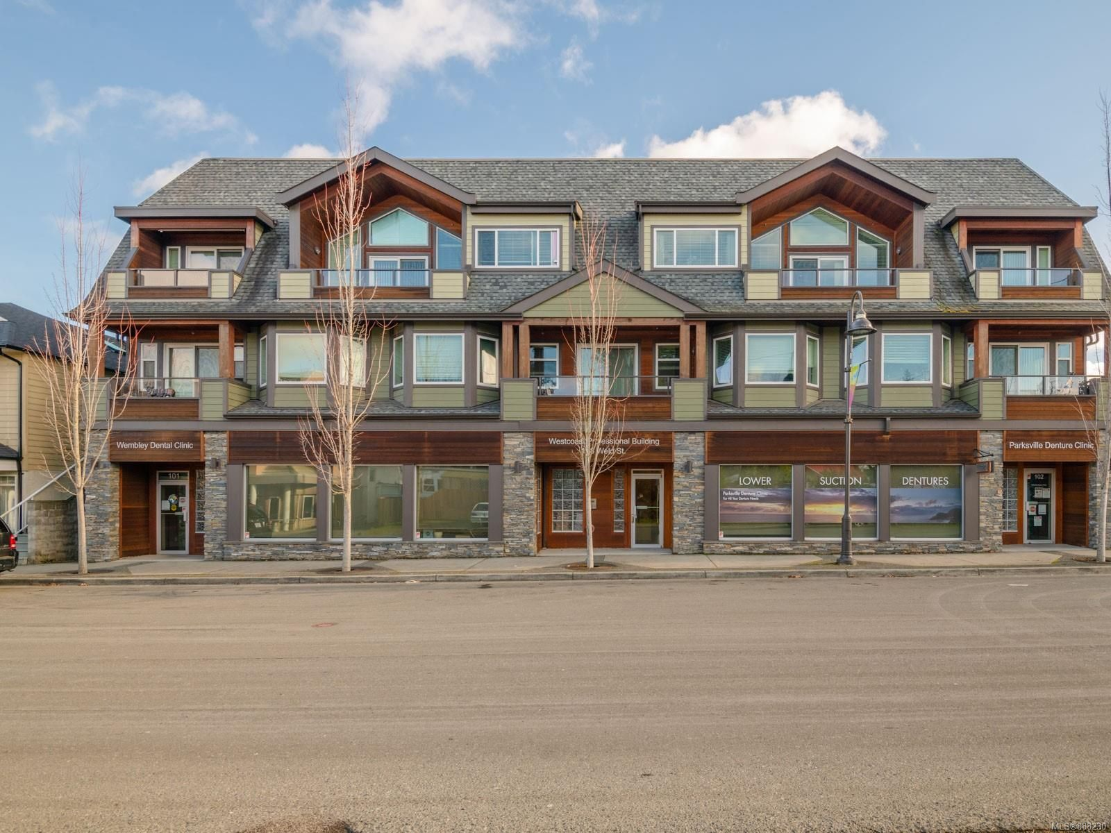 Main Photo: 148 Weld St in : PQ Parksville Multi Family for sale (Parksville/Qualicum)  : MLS®# 888230