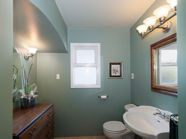Photo 8: Photos: 3922 W 29TH Avenue in Vancouver: Dunbar House for sale (Vancouver West)  : MLS®# V1118807