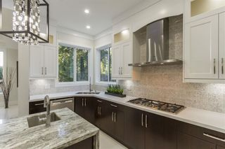 Photo 8: 628 GATENSBURY Street in Coquitlam: Central Coquitlam House for sale : MLS®# R2388731