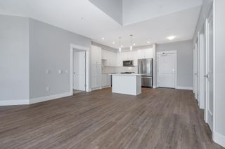 """Photo 6: 4615 2180 KELLY Avenue in Port Coquitlam: Central Pt Coquitlam Condo for sale in """"Montrose Square"""" : MLS®# R2613149"""