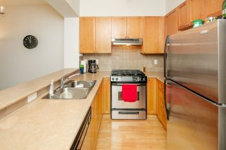 "Photo 3: 320 2280 WESBROOK Mall in Vancouver: University VW Condo for sale in ""KEATS HALL"" (Vancouver West)  : MLS®# R2269685"