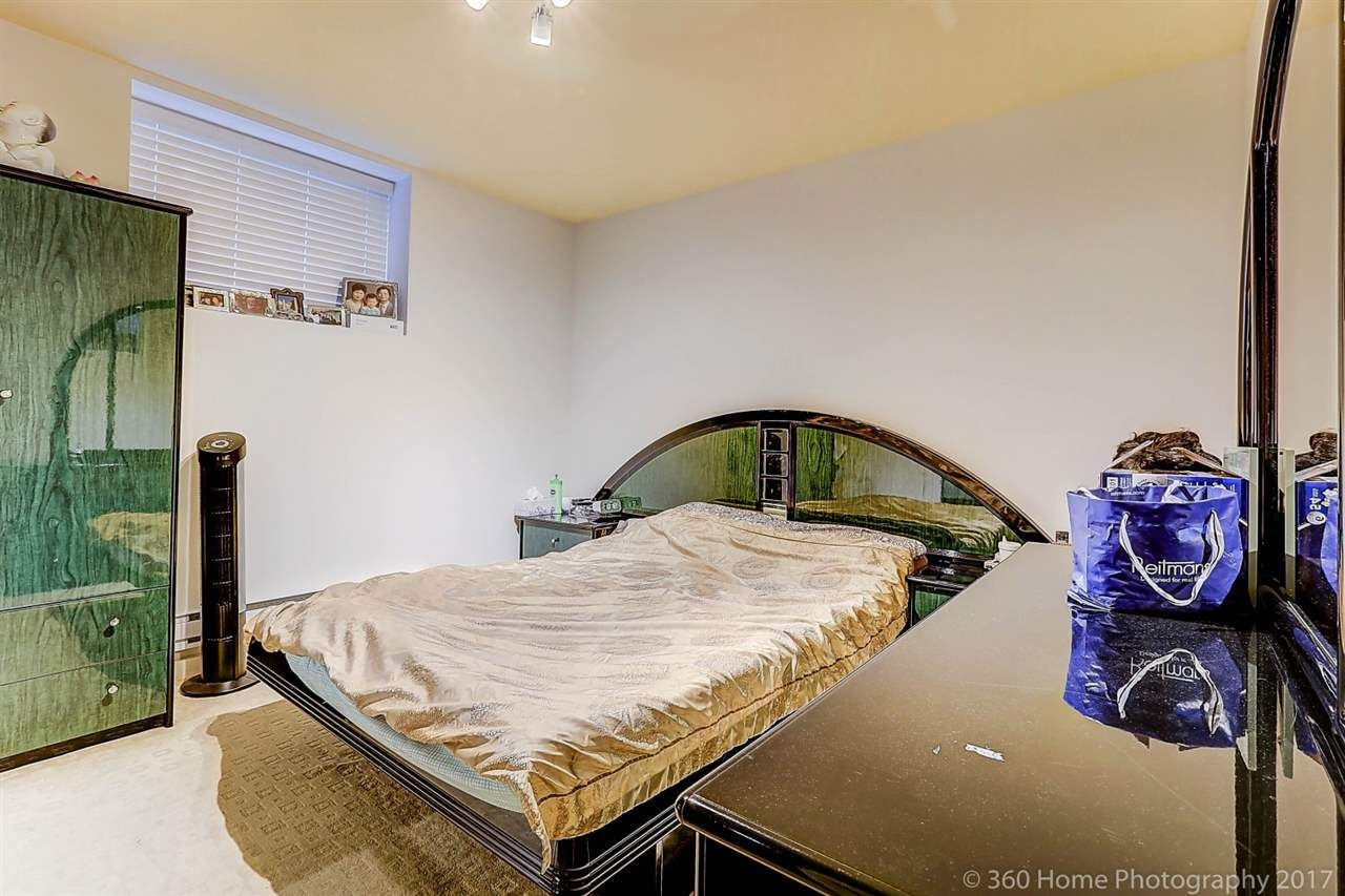 Photo 15: Photos: 8277 211 Street in Langley: Willoughby Heights House for sale : MLS®# R2208654