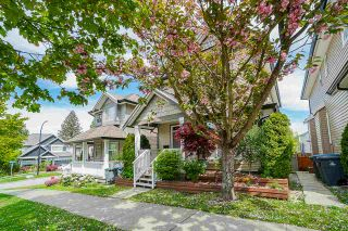 Photo 2: 6192 150 STREET in Surrey: Sullivan Station House for sale : MLS®# R2453327
