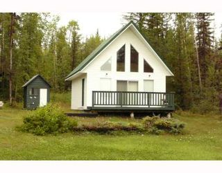 "Photo 1: 57185 AARON Road in Prince_George: Cluculz Lake House for sale in ""CLUCULZ LAKE"" (PG Rural West (Zone 77))  : MLS®# N186255"