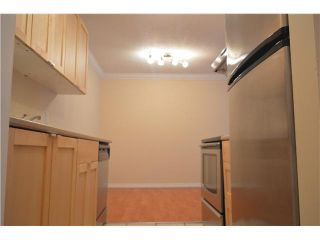 """Photo 9: 211 780 PREMIER Street in North Vancouver: Lynnmour Condo for sale in """"EDGEWATER ESTATES"""" : MLS®# V1128304"""