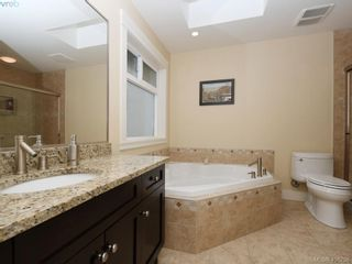 Photo 13: 2182 Stone Gate in VICTORIA: La Bear Mountain House for sale (Langford)  : MLS®# 808396
