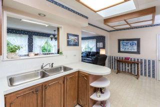 """Photo 9: 1633 HARBOUR Drive in Coquitlam: Harbour Place House for sale in """"HARBOUR CHINES"""" : MLS®# R2009897"""