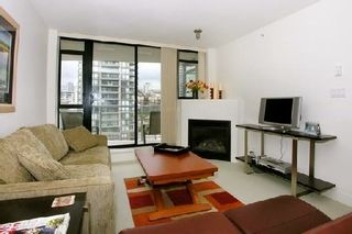 """Photo 2: 907 155 W 1ST Street in North Vancouver: Lower Lonsdale Condo for sale in """"Time"""" : MLS®# R2086762"""