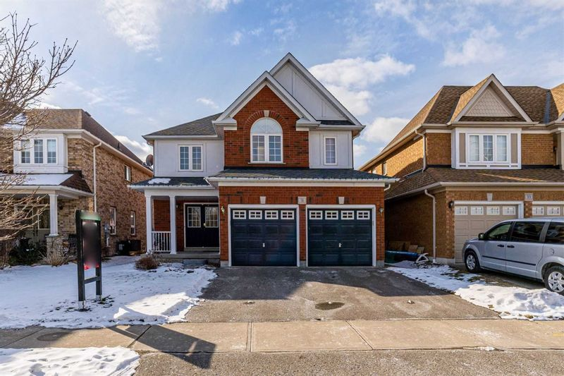 FEATURED LISTING: 31 Gabrielle Crescent Whitby