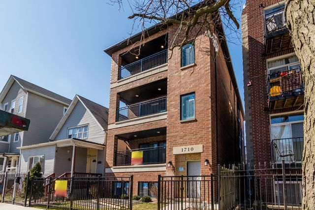 Main Photo: 1710 Albany Avenue Unit 2 in CHICAGO: CHI - Humboldt Park Condo, Co-op, Townhome for sale ()  : MLS®# MRD10056308