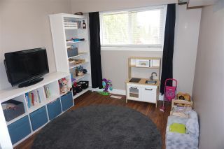 Photo 10: 33331 LYNN Avenue in Abbotsford: Central Abbotsford House for sale : MLS®# R2447191