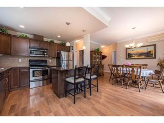 """Photo 14: 311 2068 SANDALWOOD Crescent in Abbotsford: Central Abbotsford Condo for sale in """"The Sterling"""" : MLS®# R2591010"""