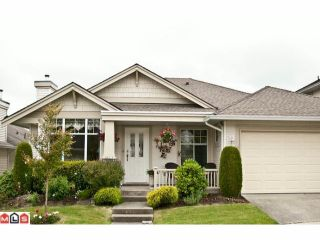 """Photo 1: 14 20751 87TH Avenue in Langley: Walnut Grove Townhouse for sale in """"Summerfield"""" : MLS®# F1113182"""