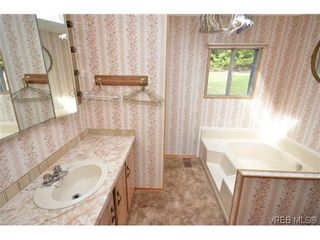 Photo 14: 522 Elizabeth Ann Dr in VICTORIA: Co Latoria House for sale (Colwood)  : MLS®# 602694