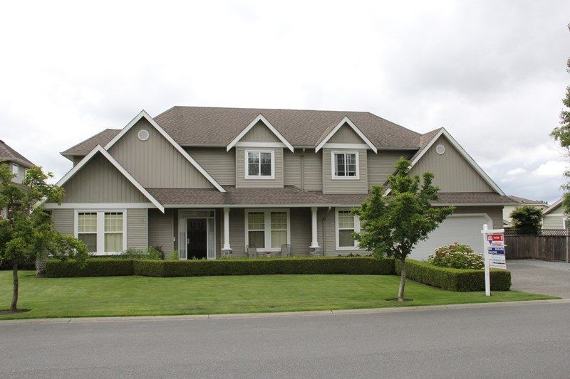 """Main Photo: 4973 217B Street in Langley: Murrayville House for sale in """"Murrayville"""" : MLS®# R2084333"""