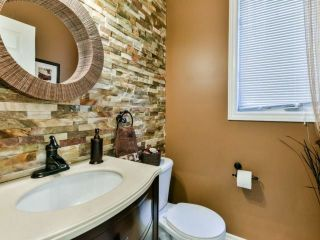 Photo 8: 2461 Felhaber Cres in Oakville: Iroquois Ridge North Freehold for sale : MLS®# W4071981