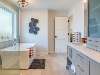 Photo 12: 7 Creemans Crescent in Winnipeg: Charleswood Residential for sale (1H)  : MLS®# 202100355