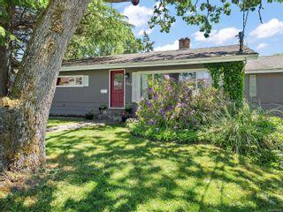 Photo 3: 663 Kent Rd in : SW Tillicum House for sale (Saanich West)  : MLS®# 878931