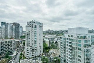 """Photo 16: 2002 1500 HORNBY Street in Vancouver: Yaletown Condo for sale in """"888 BEACH"""" (Vancouver West)  : MLS®# R2461920"""
