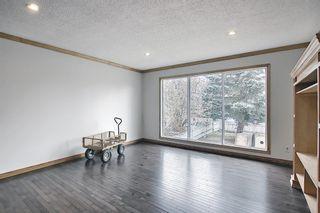 Photo 4: 4527 26 Avenue SE in Calgary: Dover Semi Detached for sale : MLS®# A1105139