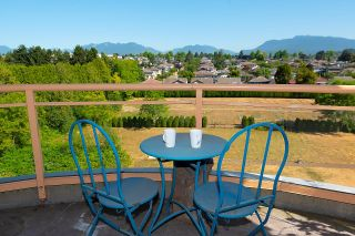 """Photo 2: 701 4425 HALIFAX Street in Burnaby: Brentwood Park Condo for sale in """"Polaris"""" (Burnaby North)  : MLS®# R2608920"""