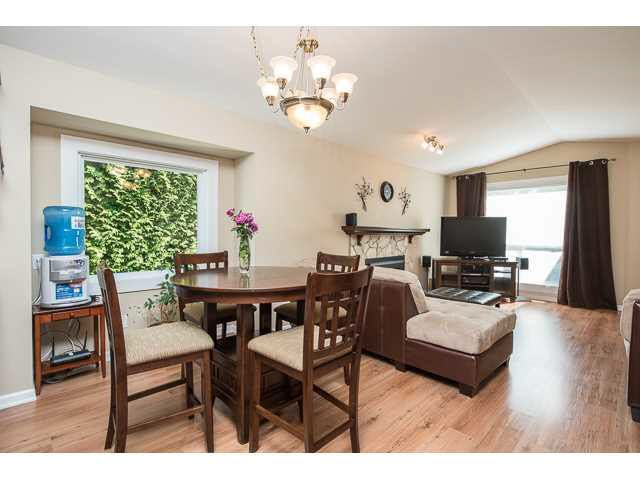 """Photo 5: Photos: 11995 238B Street in Maple Ridge: Cottonwood MR House for sale in """"Cottonwood"""" : MLS®# V1140226"""