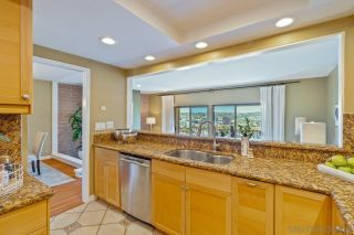 Photo 9: UNIVERSITY HEIGHTS Townhouse for sale : 3 bedrooms : 4490 Caminito Fuente in San Diego