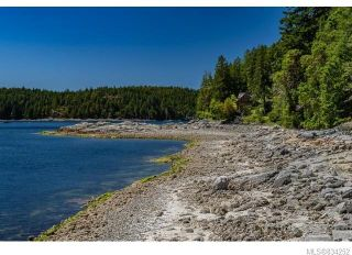 Photo 14: 684 Whaletown Rd in Cortes Island: Isl Cortes Island House for sale (Islands)  : MLS®# 834252