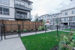 """Photo 3: 75 8413 MIDTOWN Way in Chilliwack: Chilliwack W Young-Well Townhouse for sale in """"MIDTOWN ONE"""" : MLS®# R2570678"""