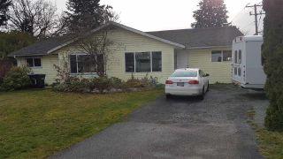 Photo 2: 1742 HARRIS Road in Squamish: Brackendale 1/2 Duplex for sale : MLS®# R2500152