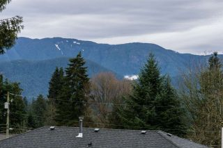 Photo 4: 880 FAIRWAY Drive in North Vancouver: Dollarton House for sale : MLS®# R2035154