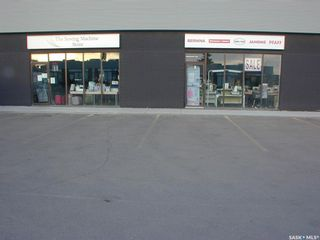 Photo 3: BAY 3 & 4 1730 QUEBEC Avenue in Saskatoon: Kelsey/Woodlawn Commercial for sale : MLS®# SK865116