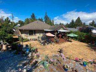 Photo 19: 6335 PICADILLY Place in Sechelt: Sechelt District House for sale (Sunshine Coast)  : MLS®# R2608131