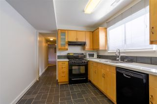 Photo 15: 14320 NORTH BLUFF Road: White Rock House for sale (South Surrey White Rock)  : MLS®# R2440472