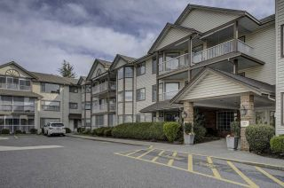 """Photo 1: 306 32145 OLD YALE Road in Abbotsford: Abbotsford West Condo for sale in """"CYPRESS PARK"""" : MLS®# R2351465"""