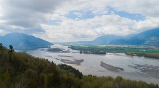 Photo 15: 43207 SALMONBERRY Drive in Chilliwack: Chilliwack Mountain House for sale : MLS®# R2529009