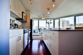 """Photo 10: 701 31 ELLIOT Street in New Westminster: Downtown NW Condo for sale in """"ROYAL ALBERT TOWER"""" : MLS®# R2065597"""